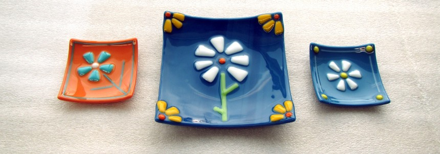 Fused Glass Daisy Plate